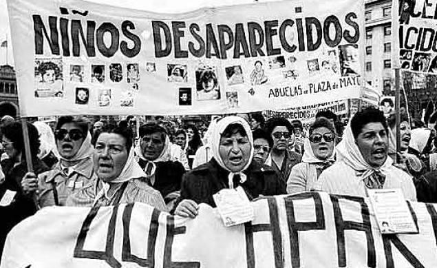Chikama: Madri e Nonne de Plaza de Mayo